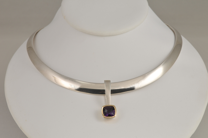 Sterling silver collar & pendant with amethyst & 14k gold